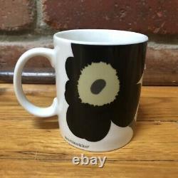 4 Marimekko Unikko RED BLUE YELLOW & BLACK Flower Coffee Mug Tea Cup Set EUC