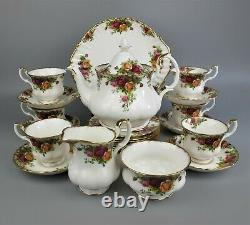 Complete Royal Albert Old Country Roses Tea Set Service. Teapot Cups Plates. VTG