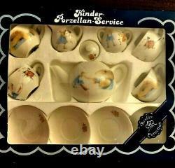 RARE VINTAGE -MINT Vera The Mouse PORCELAIN Childs Tea Set by MARJOLEIN BASTIN