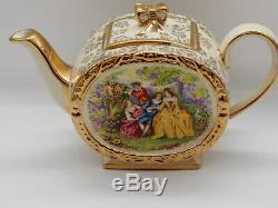 SadlerCourting Couples Chintz Barrel Shape Tea Set (3pieces) c. 1947 HRH