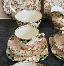 TUSCAN porcelain GREEN & GOLD pattern 1910A 4 setting CUP TRIOS TEASET