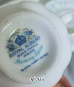 Vintage Royal Albert Memory Lane 18 Pieces Tea Set